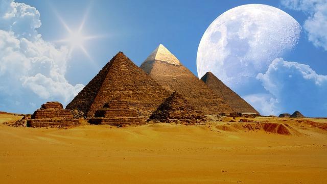 pyramidy Egypta