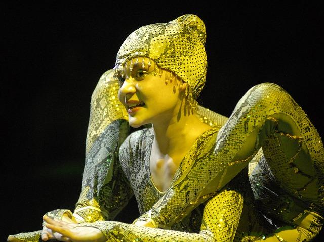 Hadí žena