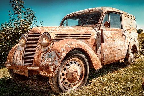 staré přepravní auto